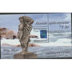 O) 1997 ALAND, SEA, NAKE, HOLOGRAM SHIP, SOUVENIR MNH