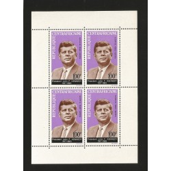 B)1964 CENTRAL AFRICAN REPUBLIC, PRESIDENT, JOHN F KENNEDY, MIN SHEET OF 4, SOUVENIR SHEET, MNH