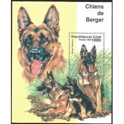 V) 1999 CHAD, DOGS, CHIENS DE BERGER, BERGER ALLEMAND, SOUVENIR SHEET, MNH