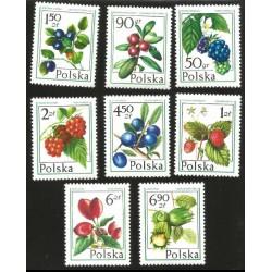 I) 1977 POLAND, BILBERRY, RASPBERRY, DEWBERRY CRANBERRY, HAZELNUT, DOG ROSE , BLUEBERRY, WILD STRAWBERRY, SET OF 8 STAMPS,NHM