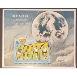J) 1970 TCHAD, SPACE, FOOTBALL, WORLD SOCCER CHAMPIONSHIP BRAZIL, SOUVENIR SHEET