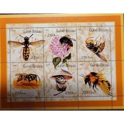J) 2001 GUINEA BISSAU, BEES, SOUVENIR SHEET, XF