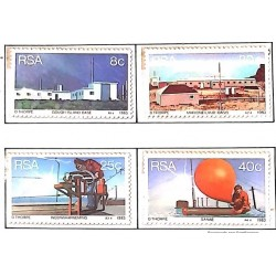 A) 1983, SOUTH AFRICA, WEATHER STATIONS: GOUGH ISLAND, MARION ISLAND, WEERWAARNEMING, SANAE, STRING OF 4 STAMPS, MNH