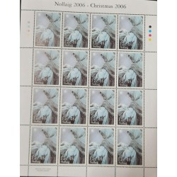 A) 2006, IRELAND, CHRISTMAS, SHEET OF 16 VIRGIN WITH CHILD STAMPS, MNH
